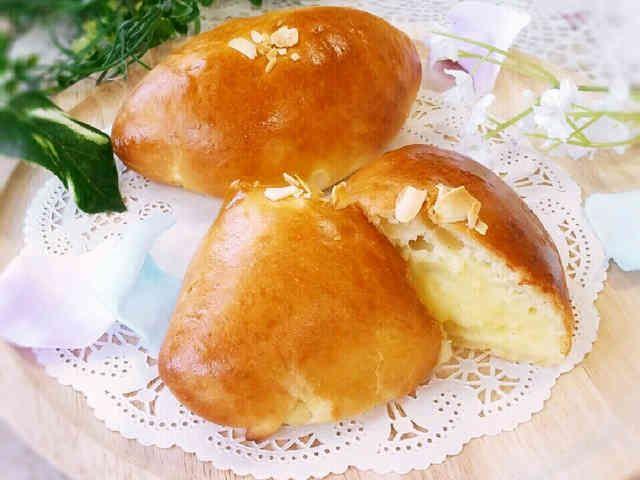 極上食感♥湯種低温発酵究極のクリームパンの画像