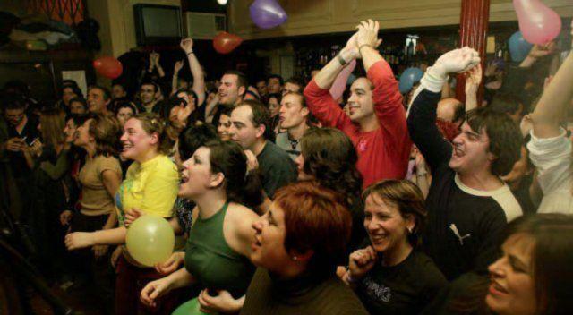 Los 5 bares de tapeo preferidos por los universitarios en Segovia - http://vivirenelmundo.com/los-5-bares-de-tapeo-preferidos-por-los-universitarios-en-segovia/3555