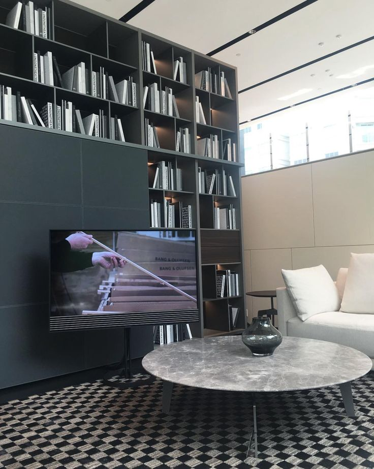 BeoVision Horizon on the floor stand in this beautiful picture shared by Home & Decor Singapore - homeanddecor_sg on Instagram!