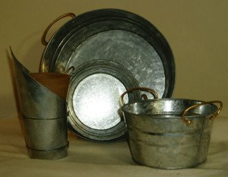 tips for cleaning old metalware stuff...keep this for cleaning metal sewing machine parts.