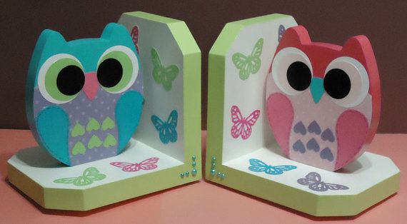 Owl bookends. Cute for girl's room