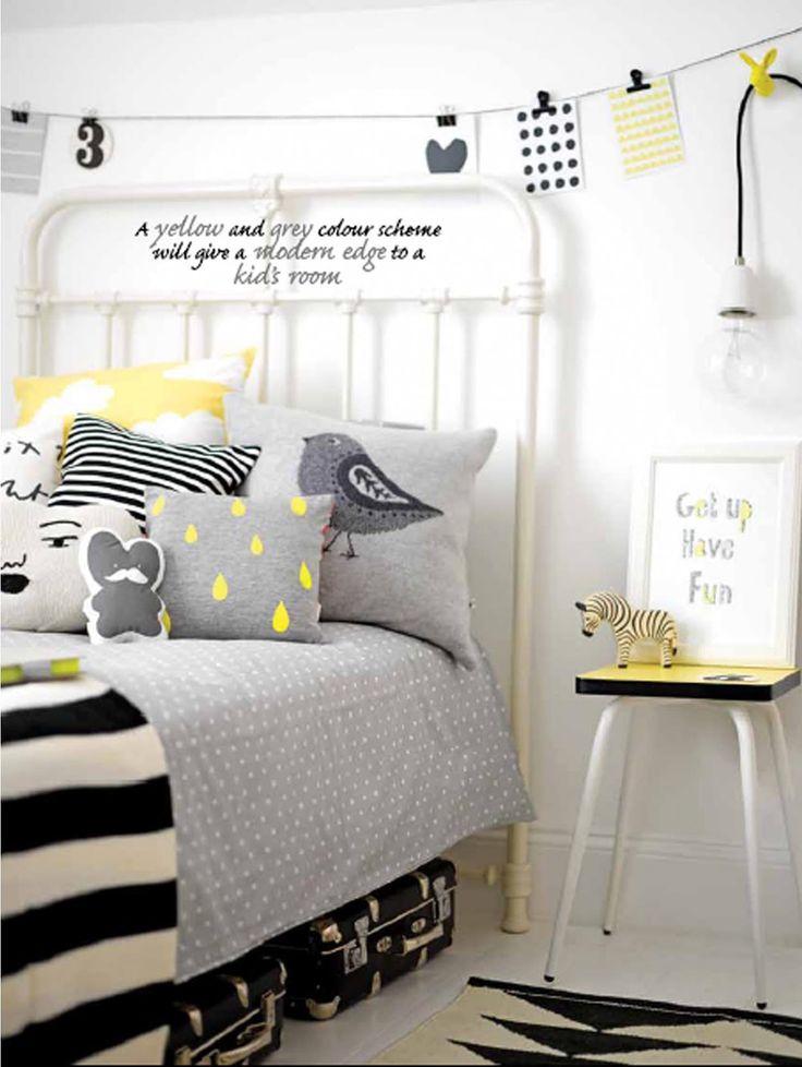 Love the colours !Charlotte love - chambre d'enfant - lit en fer - gris noir blanc jaune - child bedroom - iron bed - grey black white yellow