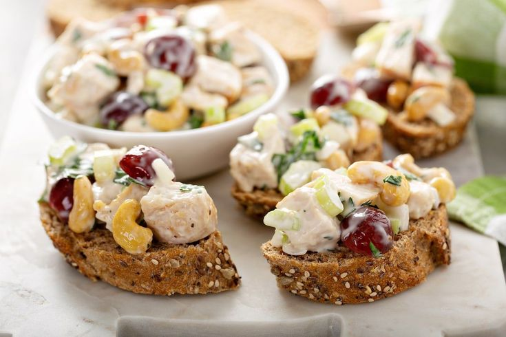 Mar 25, 2020 – Amazing Chicken Salad Recipe (with Grapes) | Lauren's Latest, #amazing #Chicken #chickensaladrecipe #Grap…
