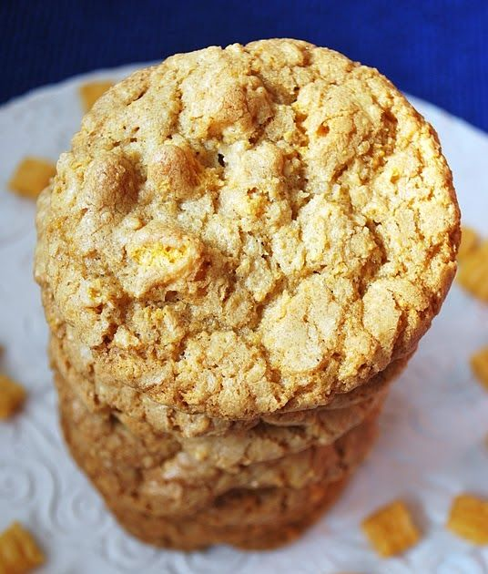 When is the last time you had Cap'n Crunch cereal? Before these cookies my answer would have been sometime in Middle School! I really do ...