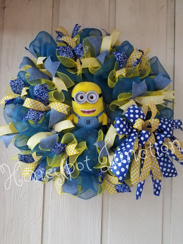 Adorable Minion Wreath by Honeypot Junction