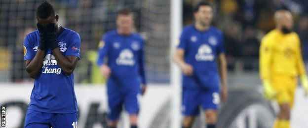 Everton crash out of europe
