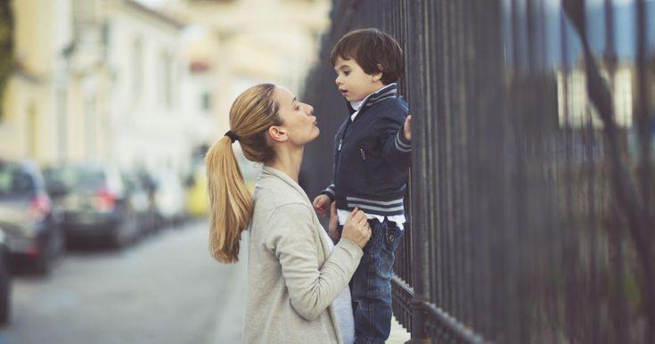 Niemand hat einen so großen Einfluss auf seine Kinder wie die Eltern. Eine Mutter kann die Richtung vorgeben, nach der ihr Sohn durch das Leben gehen wird. Bloggerin Amanda aus Atlanta im US-Bundesst...