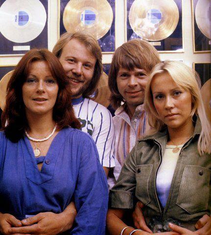 Anni-Frid, Benny, Björn og Agnetha :)