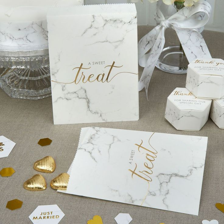 Tempt your guests with a selection of goodies presented in these effortlessly stylish sweetie bags Made from crisp marble effect paper these bags are