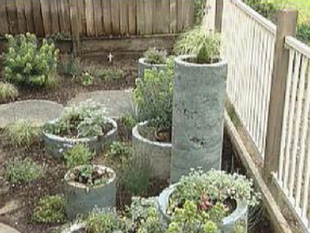 Creating a Patio with Concrete Circles : Archive : Home & Garden Television
