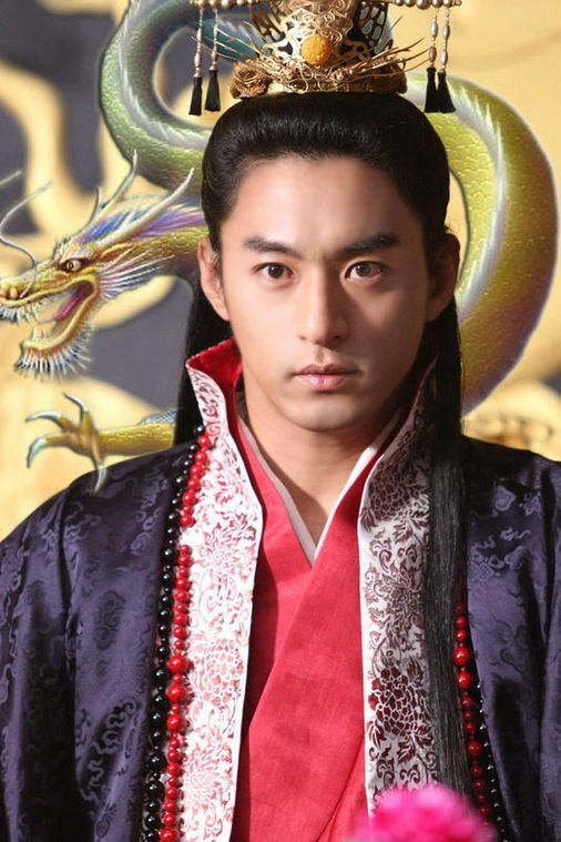 Korean actor Joo Jin Mo in movie Empress Ki