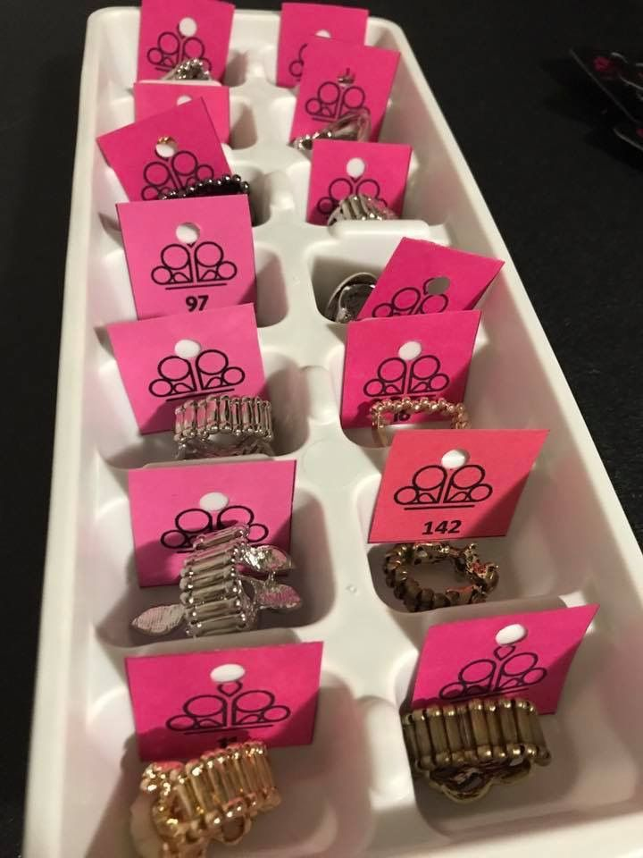 Organize your paparazzi ACCESSORIES rings for a live