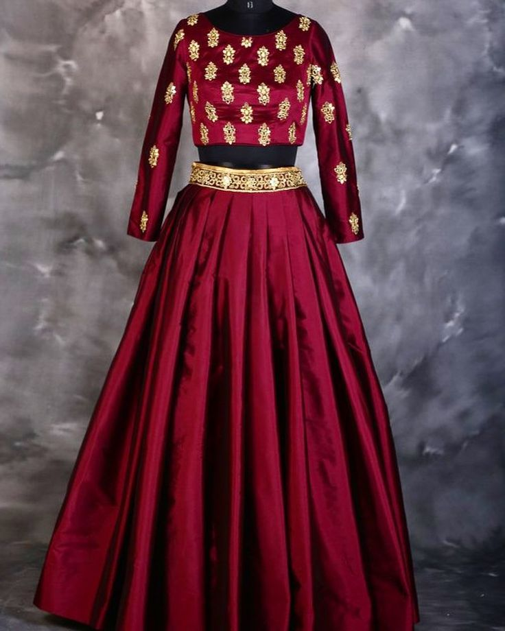 Click on the link in our profile to shop our instagram feed. We ship worldwide. Free shipping on all orders over 75 dollars. Duty free. Free gift with every order. Shop now at www.desiroyale.com  #DESI  #fashion  #desiroyale  #lehenga #accessories #indianbride #wedding  #earrings #bridal  #indianwedding #punjabi #hindu #shaadi #nikah  #clutchbag #embroidery #ethnic #mango #bag #royal #redandgold #redrobin #curate #polyvoreoutfits