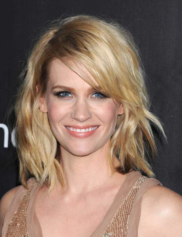 Le carré wavy de January Jones
