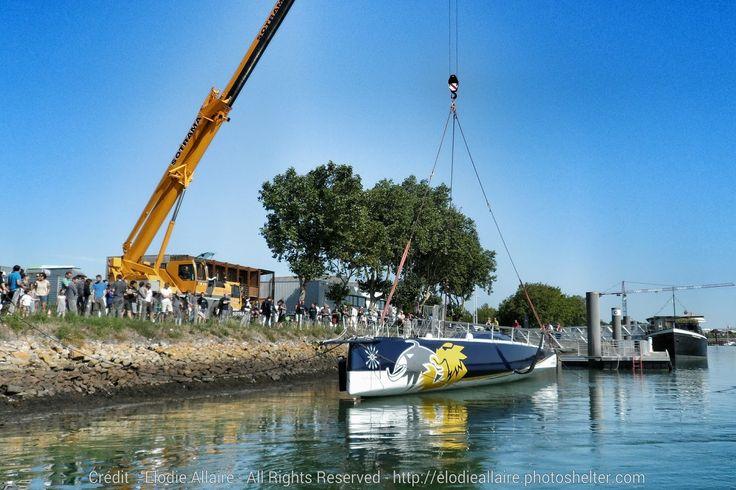 IMOCA / Le nouveau né du Gitana Team, Gitana 16 a touché l'eau ce midi - par E Allaire - www.ScanVoile.com