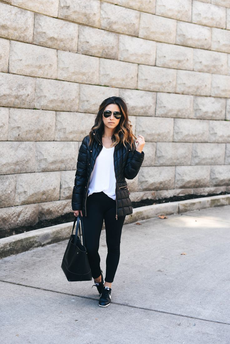 bernardo-petite-black-packable-jacket-with-down-primaloft-fill