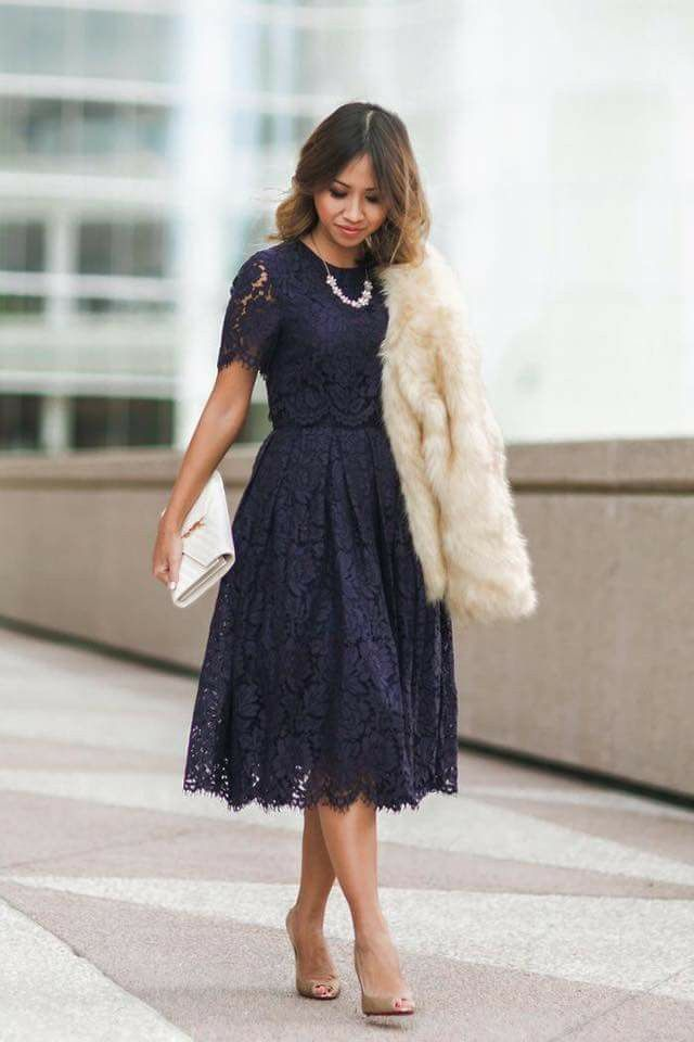 Love this color and style of dress. And the lace.
