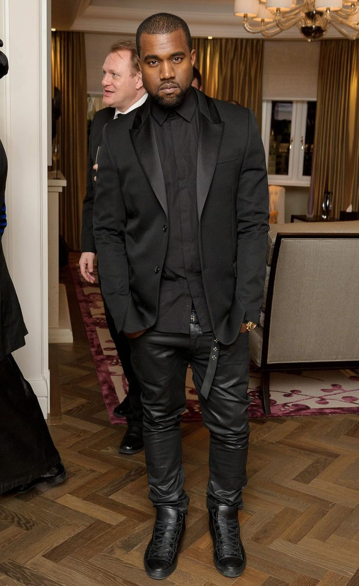 The incomparable Kanye West. Hate the ego behind his maniacal holier-than-thou rants, but I HAVE to admit, the man can dress... And he certainly has me taking note... Sometimes.  LEATHER JOGGING PANTS IN ALL CAPS!!!!!1!!!!!!!
