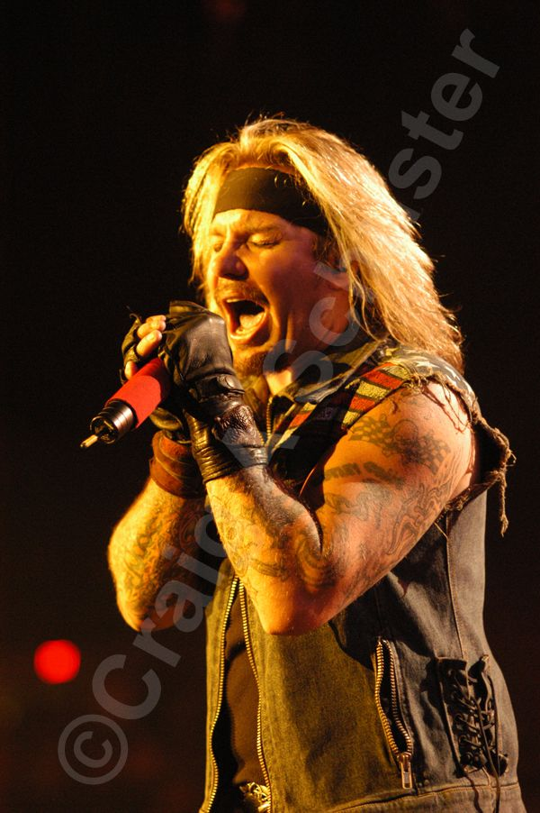 A vince neil Photo I took in Madison WI on the Motley Crue COS Tour 2006, #vinceneil #MotleyCrue #Nofilterneeded