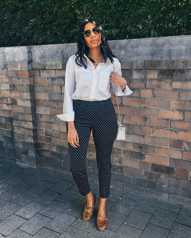 Hi, guys 🙋🏾 There's a summer workwear guide now live on the blog, talking about the best fabrics and cuts to look for + some options in stores now. I hope it helps 🤗 (link in bio). Meanwhile just an easy look today: cotton shirt via @decjubaofficial, and another pair of $30 @hm pants teamed with my new loafers from @boohoo you may have seen on stories last week- they're SO soft! 😍 Hope everyone's week is going well (and fast 🙈) 😘 #OOTD #decjuba #boohoo #boohoostyle #hm