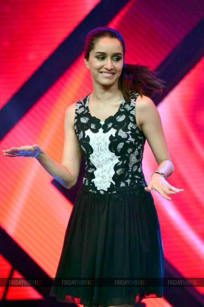 Shraddha Kapoor promotes 'Haider' on India's Raw Star