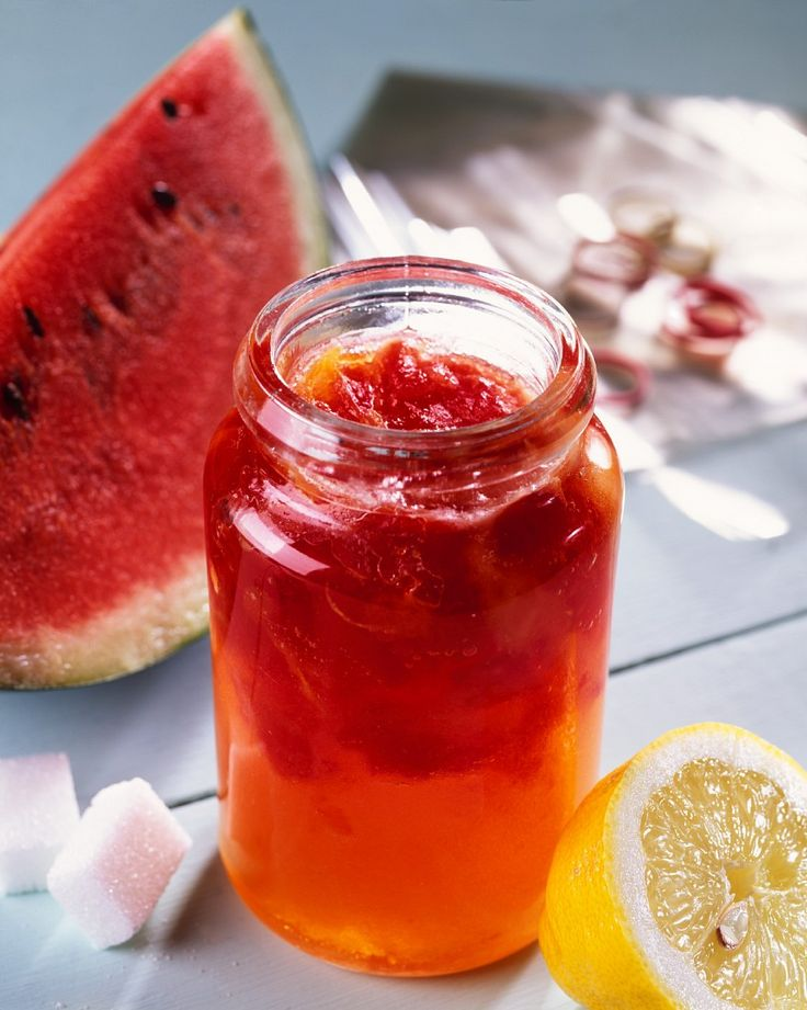 Konfitüre mit Wassermelone und Zitrone | http://eatsmarter.de/rezepte/konfituere-mit-wassermelone-und-zitrone