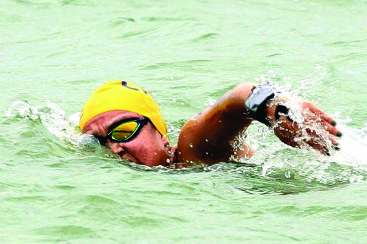 Miriam Camacho destaca en aguas abiertas