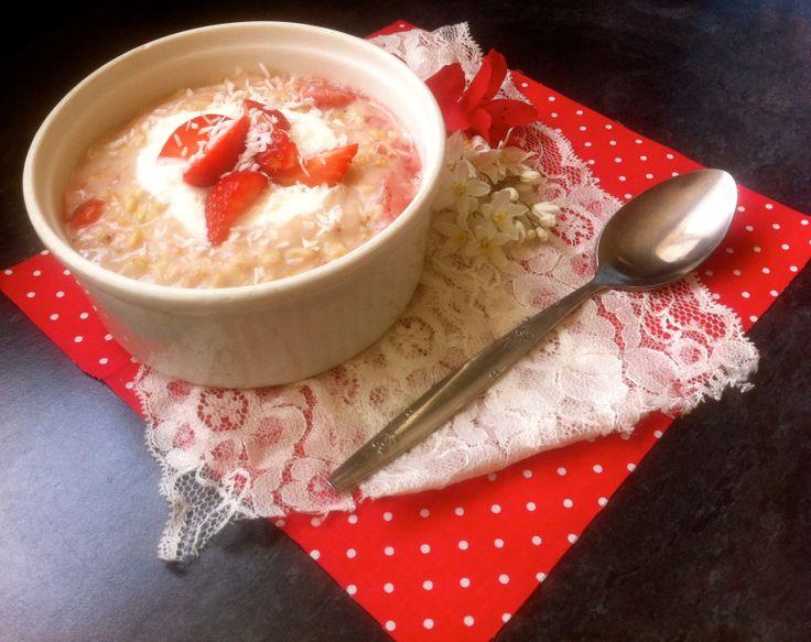 Strawberry Coconut CreamPorridge