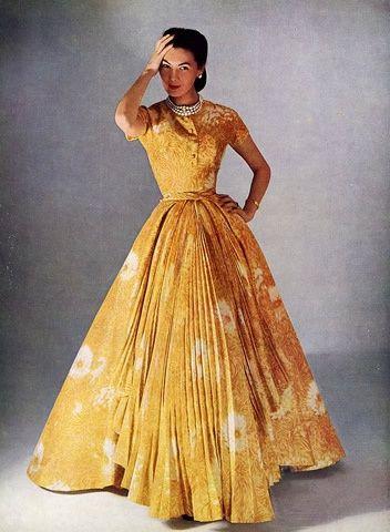 1952 - Alla in Christian Dior gown