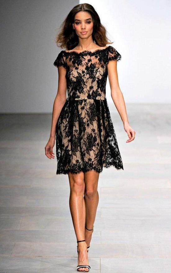 I LOVE lace :)