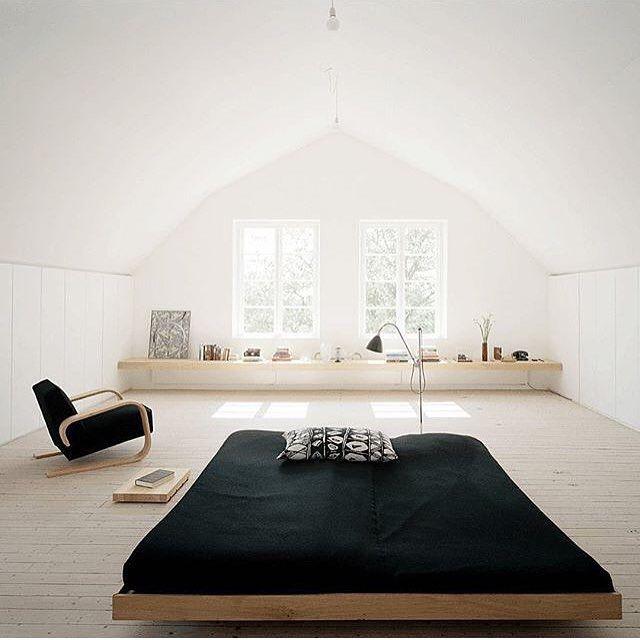 How zen is this bedroom? Simple, Beautiful & minimal. Japanese meets…