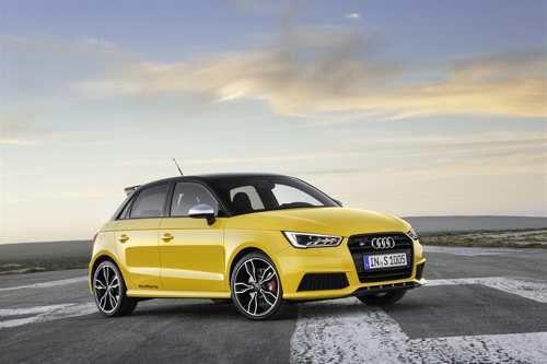 Audi S1 e S1 Sportback: il ritorno   Audi presenta la S1 e la S1 Sportback, i nuovi modelli di punta della gamma A1. Il loro 2.0 TFSI eroga 231 CV (170 kW) di potenza e sviluppa una coppia di 370 Nm; la trazione integrale permanente quattro e il telaio ampiamente rielaborato scaricano tutta la potenza sull'asfalto in...