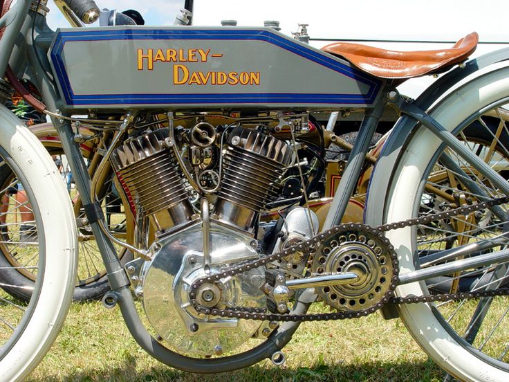 vintage motorcycles   ... Hour Rambling » Blog Archive » Antique Motorcycles at Farmington