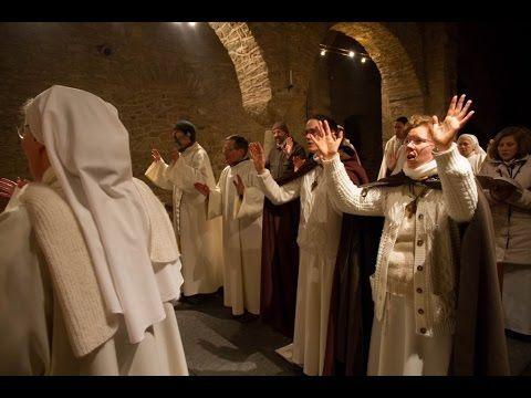 Documentaire : Les Béatitudes, une secte aux portes du Vatican (+ débat, 2012) - YouTube