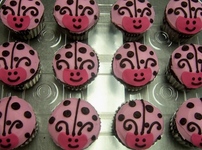 baby shower girl lady bug | CC_Baby_Shower_Pink_Brown_Lady_Bug_Cupcakes_RS12.jpg
