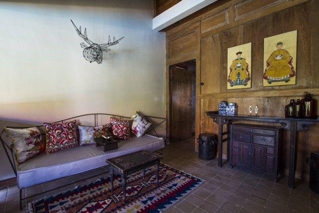 Modern Chinese Living Room in Roemah Peranakan Bali