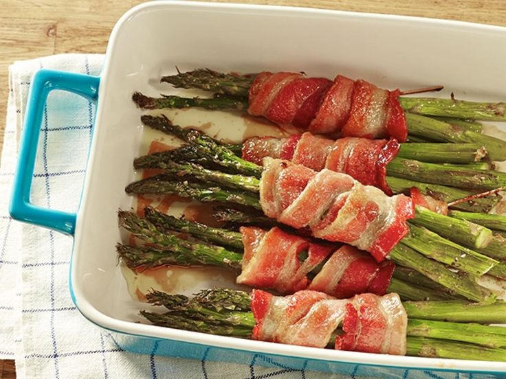 Asparagus Bundles : Bacon makes almost anything taste good, but bacon-wrapped asparagus really hits the spot. With Trisha's brown sugar and soy mixture, green never tasted so good.