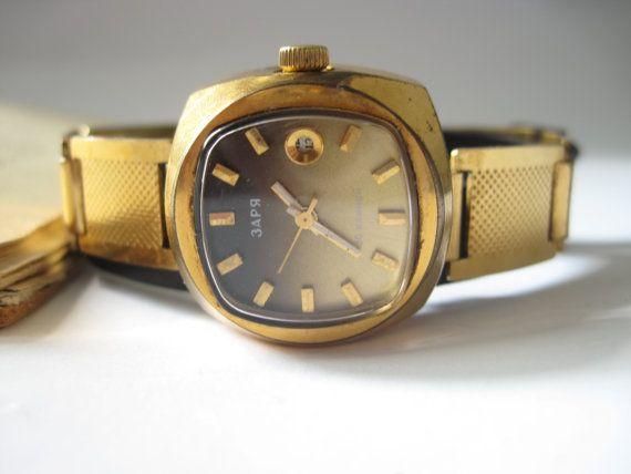 Modern unisex watch Dawn wrist watch gold plated by expander12