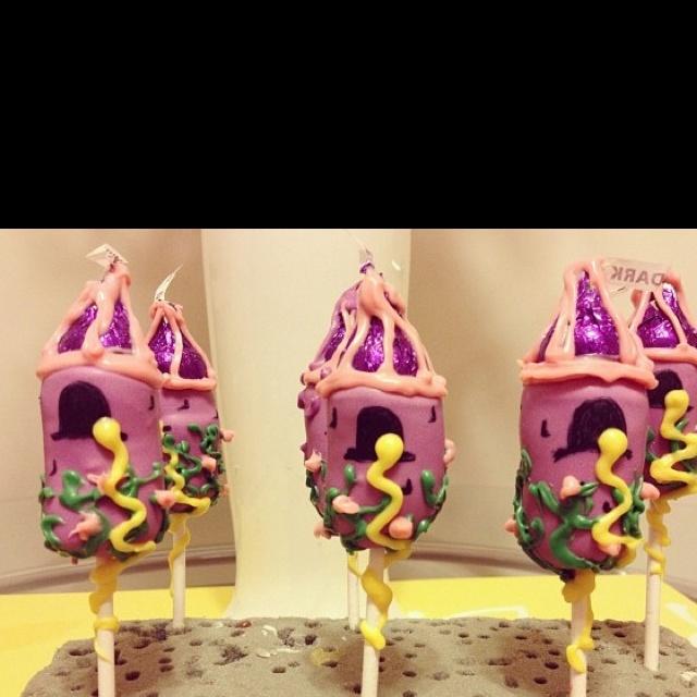 Tangled tower cake pops By Sugarqueencakepops.com