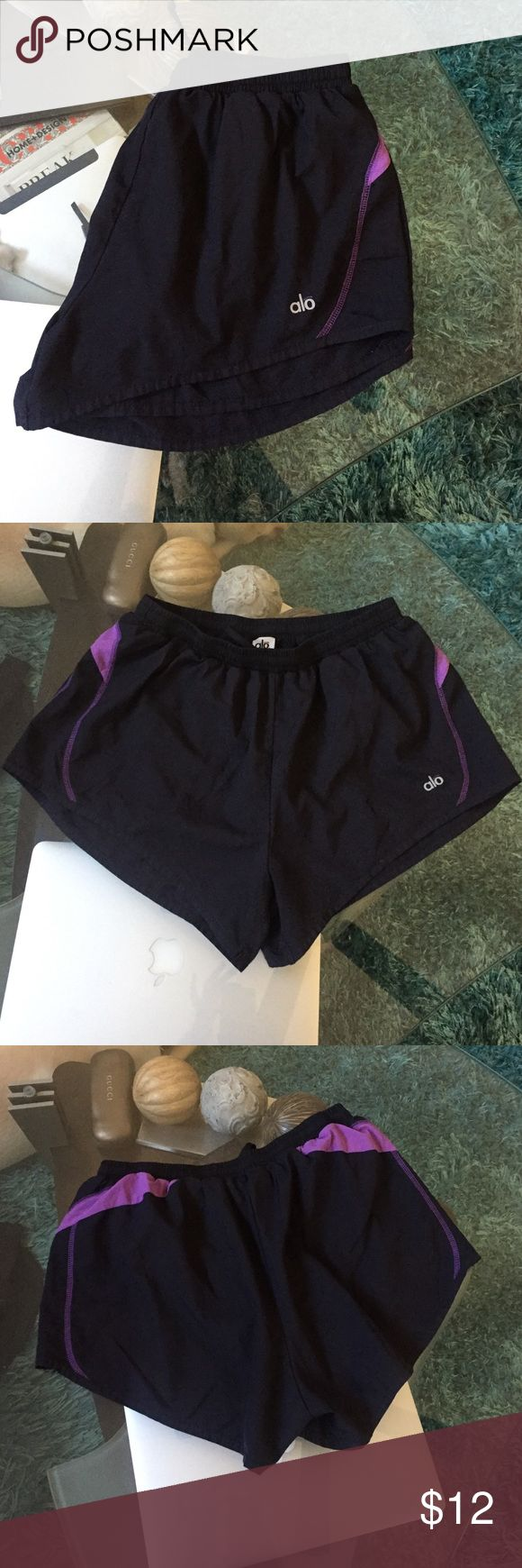 ALO yoga shorts Great condition ALO Yoga shorts size S the run big more like a size M ALO Yoga Shorts