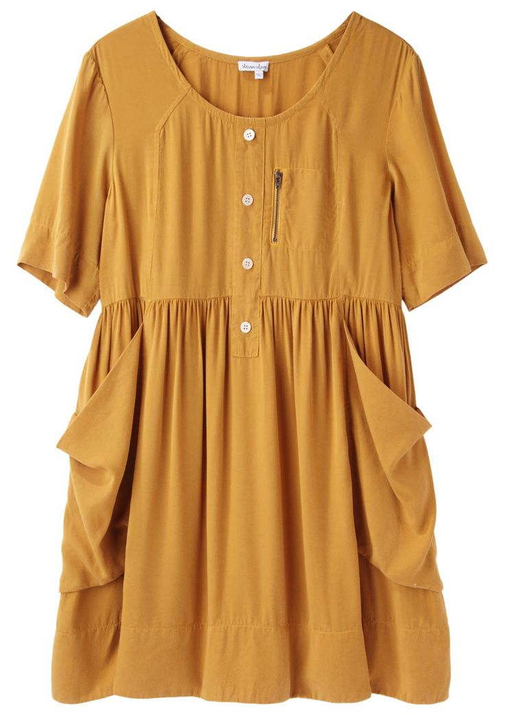 <3 how classic, simple, and comfy this dress looks. Picturing with some oxfords, a leather jacket, and a trendy hat.