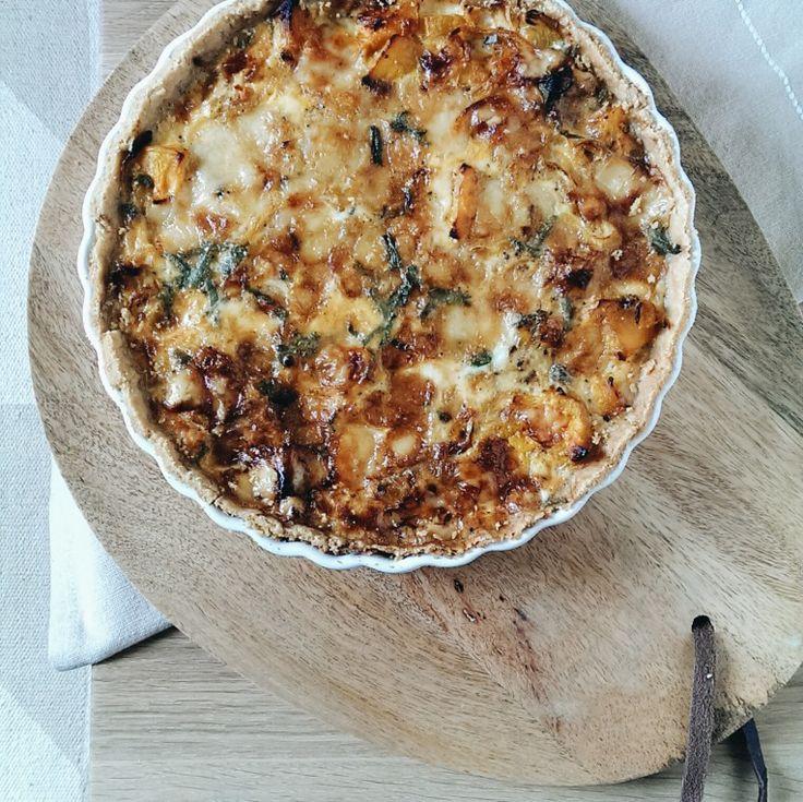 Squash and caramelised onion tart | tincansandwoosenspoons.com