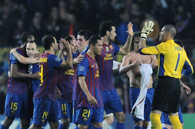 Lionel Messi (11' y 41') y Andrés Iniesta (52') anotaron los tantos que le dieron la clasificación al Barcelona a las semifinales de la 'Champions'. Antonio Nocerino descontó para el Milan (33').