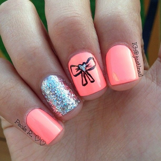 Coral, Bow and Glitter Nail