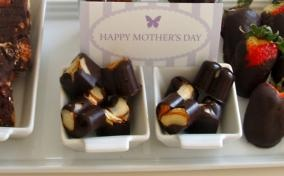 Dark Chocolate and Almond Hearts for Mother's Day