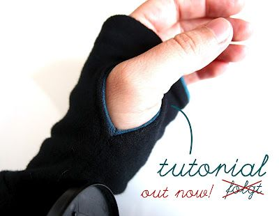 Tutorial: hole for your thumb--tut is in german (I think) but I can follow the pictures to know what to do!