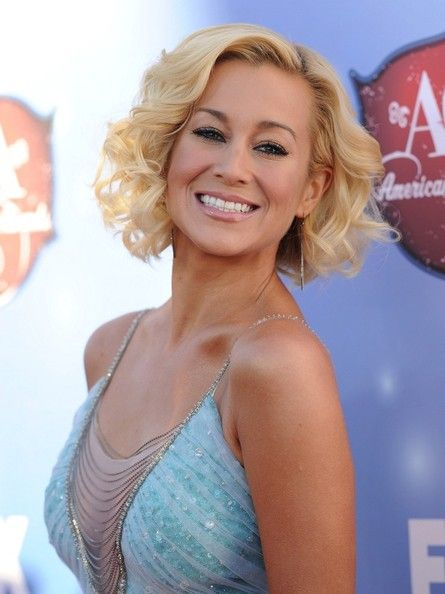 Kellie Pickler - Arrivals at the American Country Awards