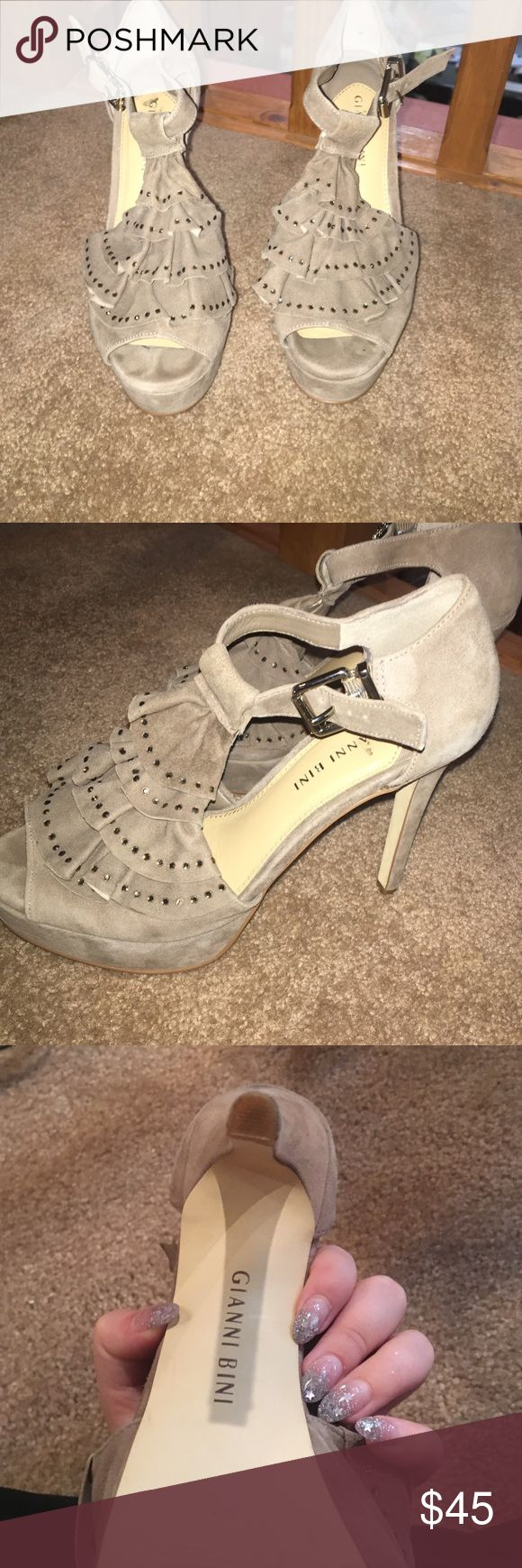 Size 7 suede Gianni Bini heels Beautiful, comfy & goes with about everything. Worn a couple of times, purchased at DILLARDS. Great for summer and winter Gianni Bini Shoes Heels