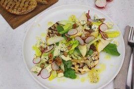 Grillet sellerirotsalat med blåmuggost og pære