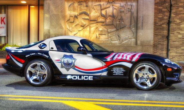 World's most exotic police cars - Dodge Viper, used in Illinois, and South Carolina